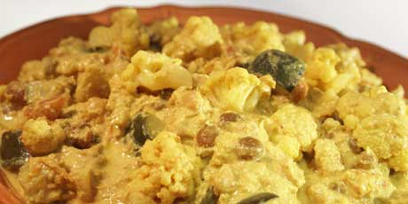Cauliflower and Raisin Curry