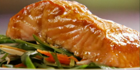 Mango-Glazed Salmon & Spinach Salad