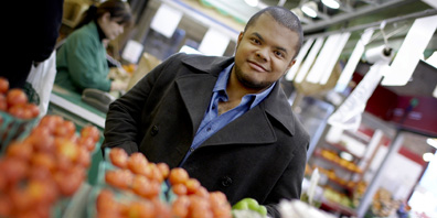 Host: Roger Mooking